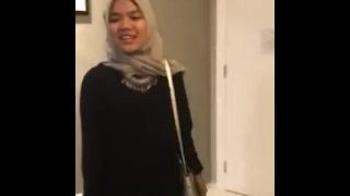 Hotel sex malay tudung pretty girl just got out from office